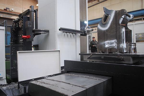Crusher specialist installs Doosan borer