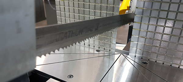 Bandsaws for structural sections