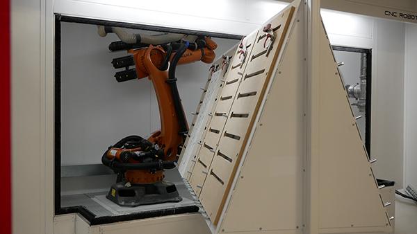 CNC robot driven by Alphacam software