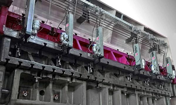 Industry 4.0 press-die clamps