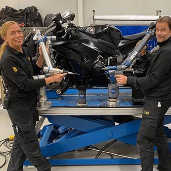 Öhlins Racing wins 'Oldest Arm' contest