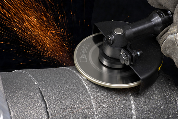 Grinding wheels for manual operations